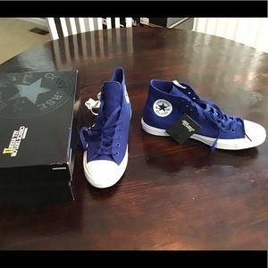 Converse CTAS 2 Hi Top Sneakers Size 12